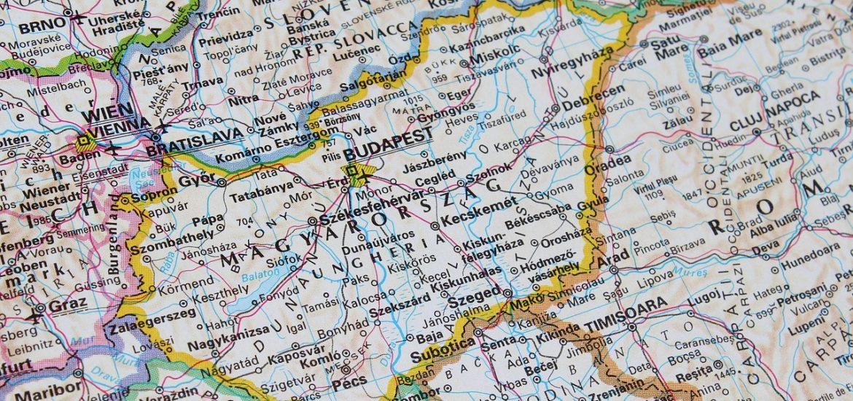Alba Cartina Geografica.Il Decoupage Con La Cartina Geografica 2up